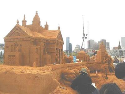 sand sculptures 002 Amazing Sand Sculptures
