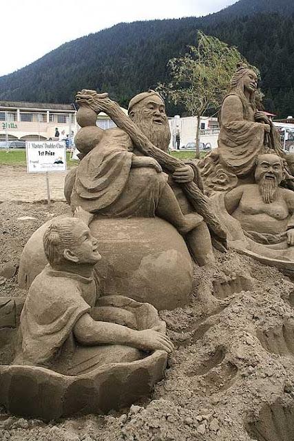 sand sculptures 031 Amazing Sand Sculptures
