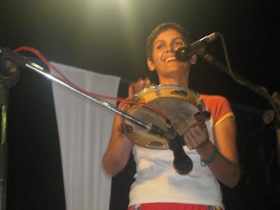 Poeta e atriz Lilia Diniz