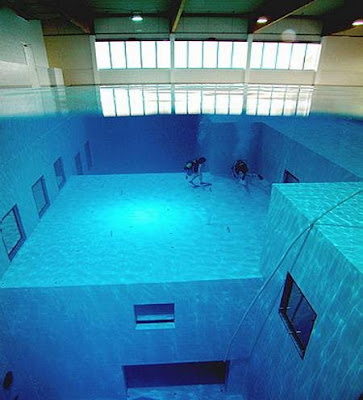 Technoxy the world 39 s deepest swimming pool - How deep is the average swimming pool ...