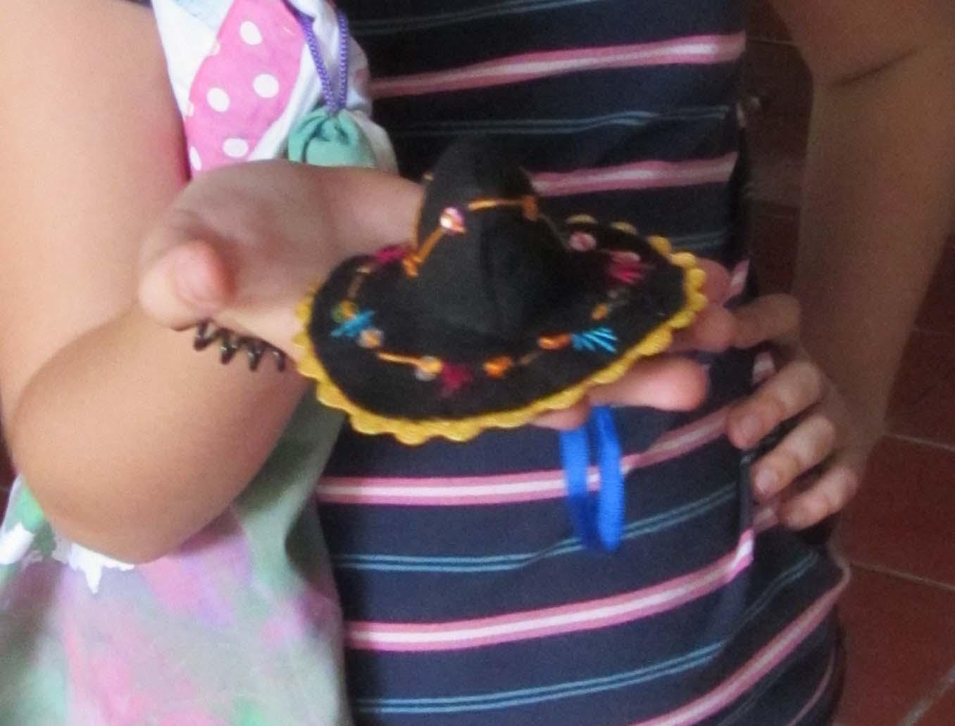 atelier de costura  Chapéu mexicano. 0362778c8c0