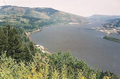 Columbia River & bridge to Hood River Washington