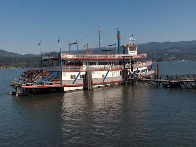 Sternwheeler Columbia River