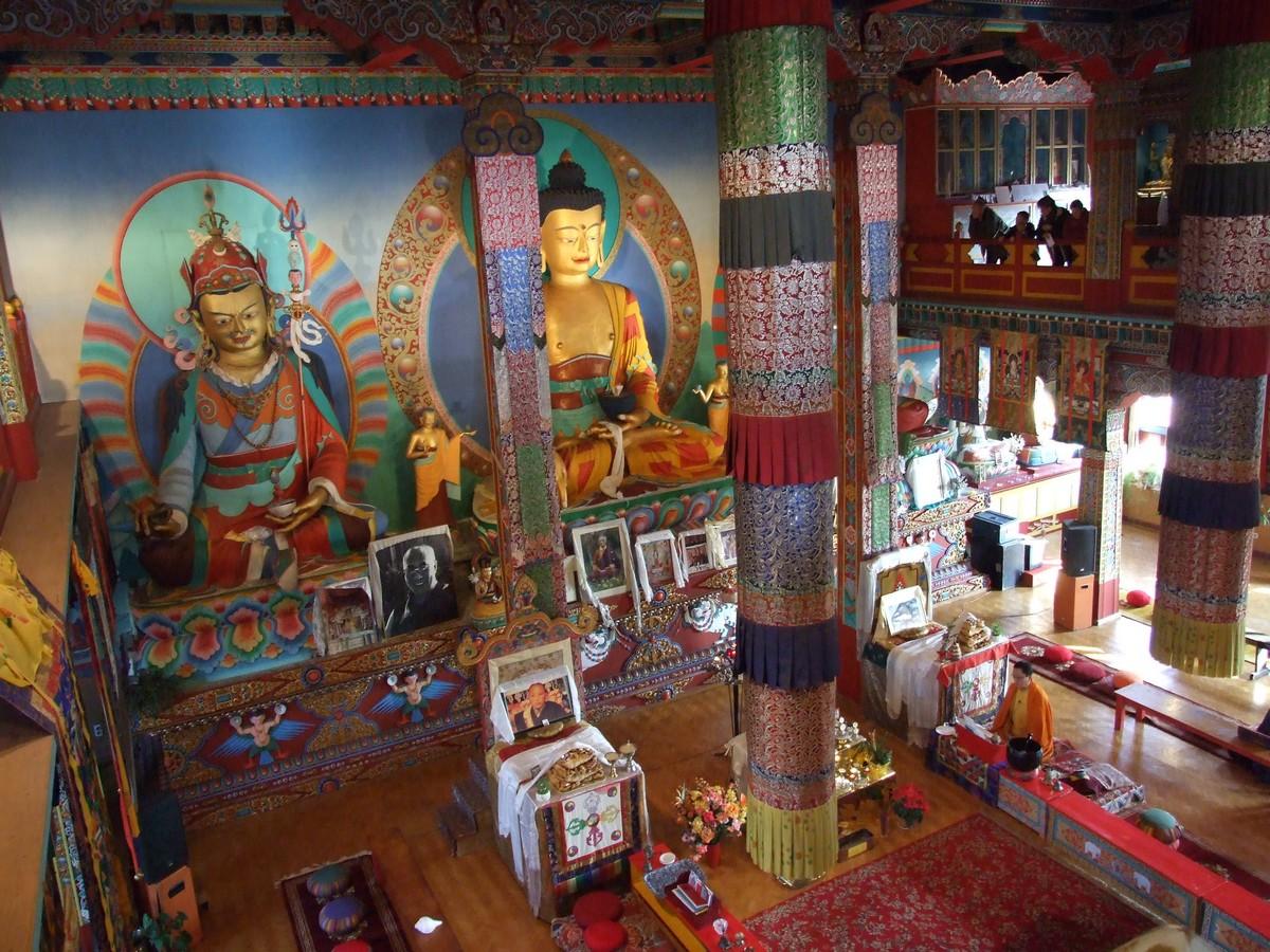 visite temple bouddhiste bourgogne onvasortir lyon. Black Bedroom Furniture Sets. Home Design Ideas