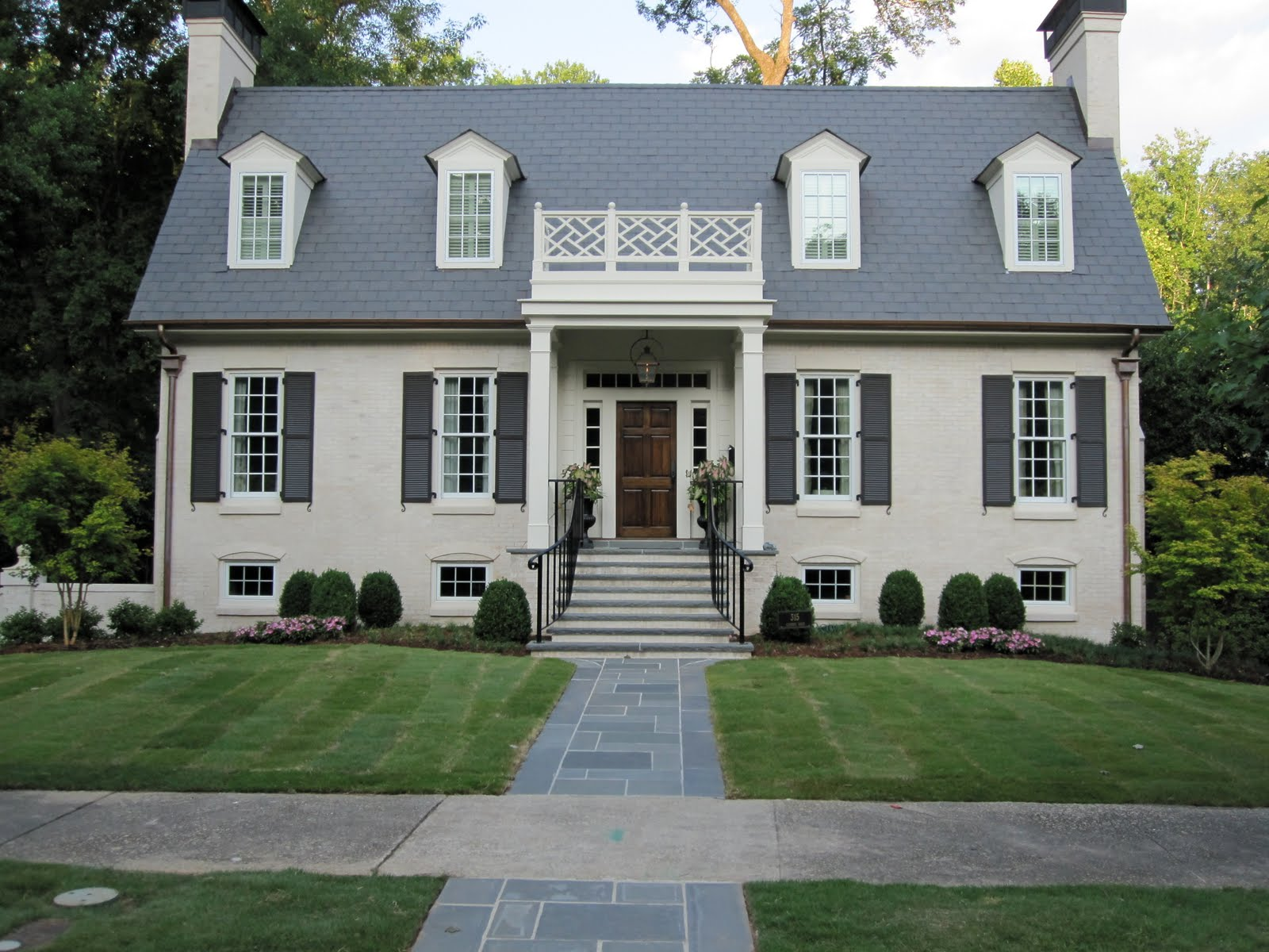 House envy in atl - White exterior masonry paint image ...