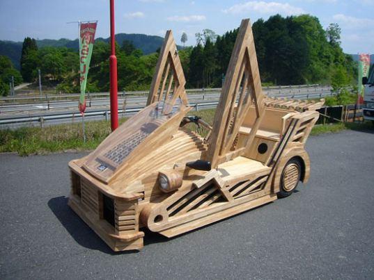 Mobil Kayu Maniwa Kendaraan Super Hijau
