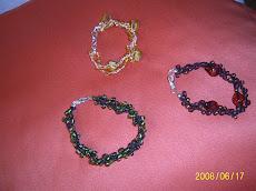 Pulseras en Vidrio y Concha de Perla