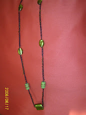 Collar Largo en vidrio tonos verde