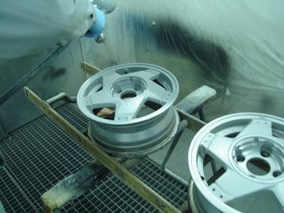 Restauration d une super 5 gt turbo les jantes for Peinture aluminium exterieur