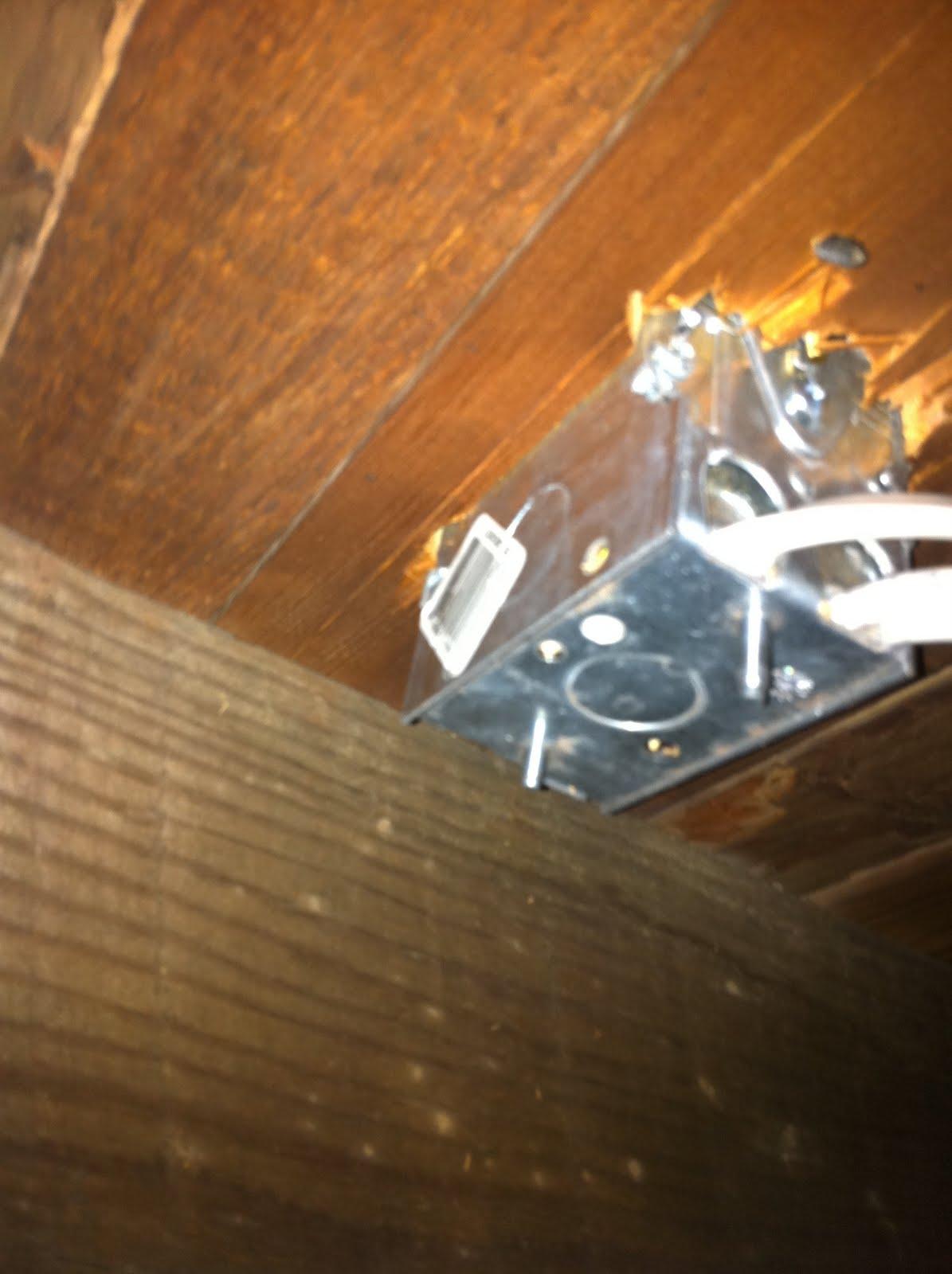 GEN3 Electric (215) 352-5963: Brass Floor Outlets