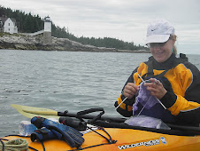 Knitting & Paddling is possible!