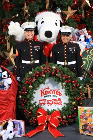 Tpa Quick Take Purchase Toy At Knott S For Toys For Tots