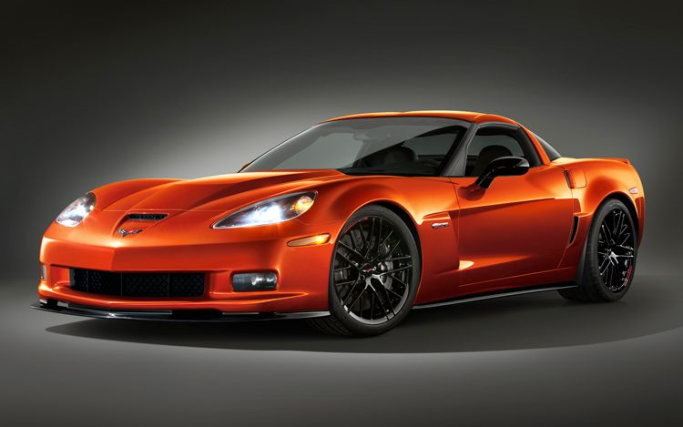 Motor Trend Takes a First Test Drive of 2011 Corvette Z06 Carbon