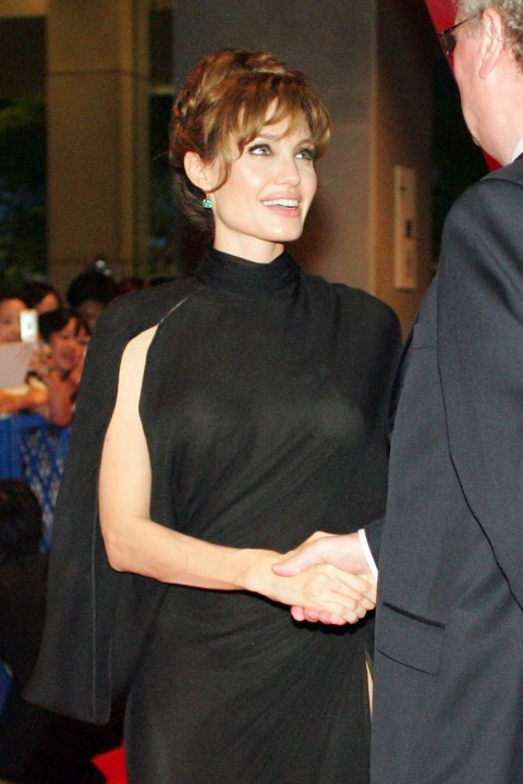 See Celebrities Wearing Her: Hollywood Celebrity Picture: Angelina Jolie Is See-Throughy