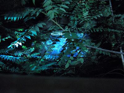 Teatrul – noaptea