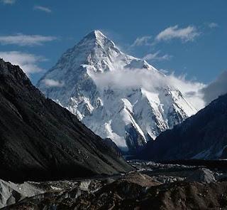 Hindu Kush mountains pic