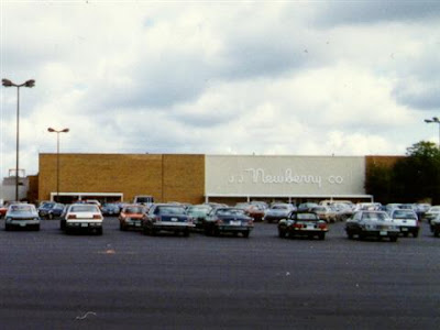 The old J.J. Newberrys store at Great Lakes Mall, as seen in 1989.