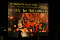 Singapore Arts Festival 2007 Closing Celebrations – Time Out by antagon theaterAKTion (Germany)