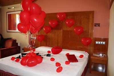 40 aniversario de boda en habitacion hotel for Cuartos decorados para aniversario