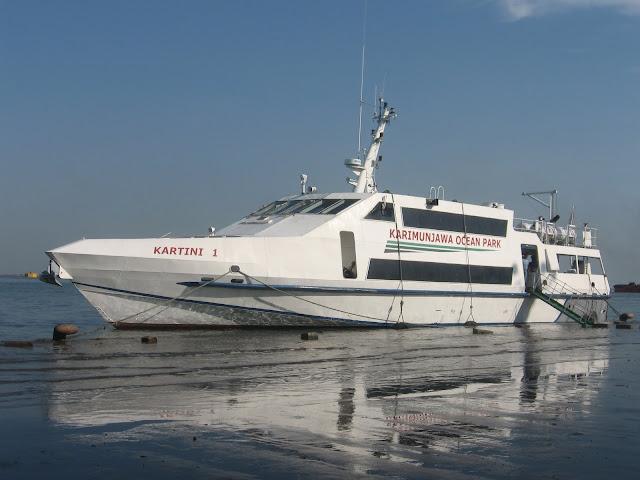 Paket Wisata Karimunjawa Murah 3H2M dari Pelabuhan Semarang l Hub : 085740601194 (call,wa,line) l www.kompaktour.com