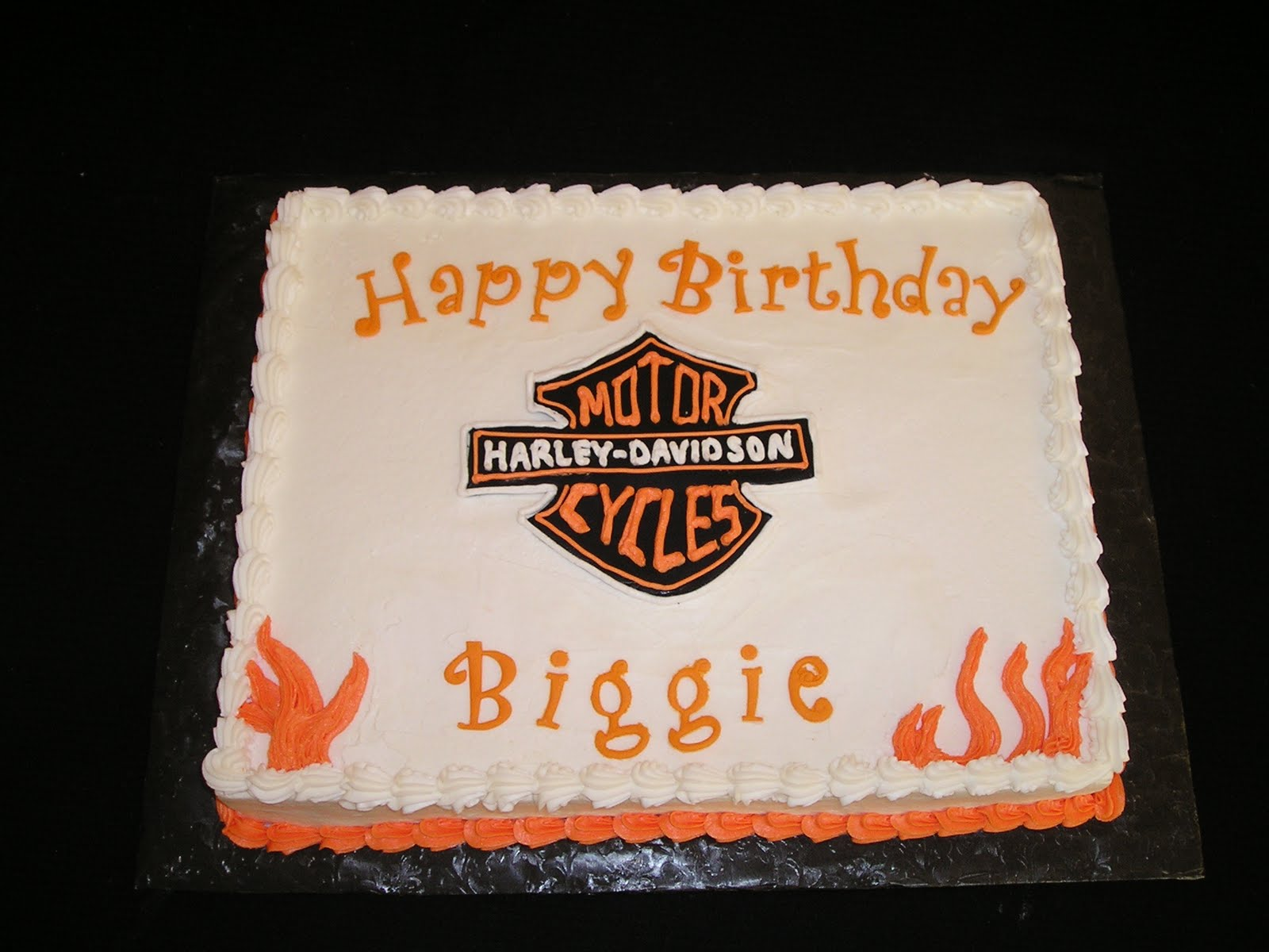 DEElicious Cakes Harley Motorcycle Cake