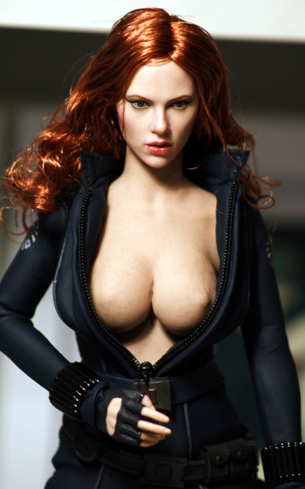 scarlett johansson black widow nude
