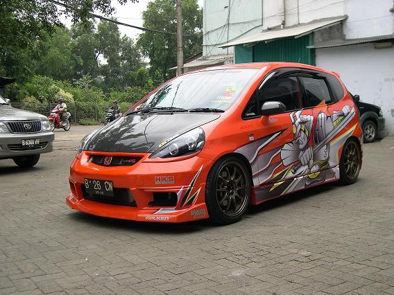 Modifikasi Honda Jazz Besutan Anak Jakarta