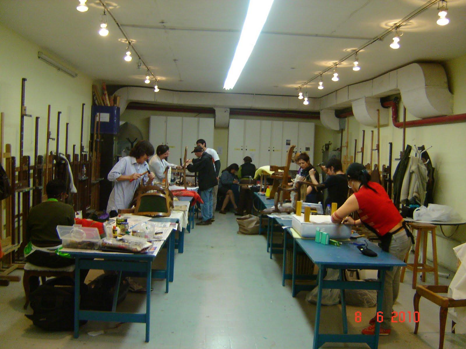 La silla chic la silla chic y el taller reciclado de - Talleres de tapiceria ...