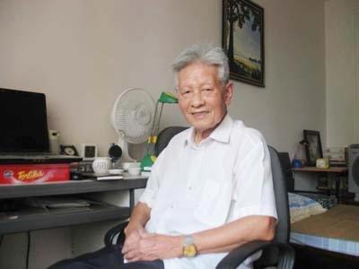 Giao su Ngo Thuc Lanh