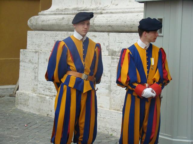 Postales de Roma, Guardia Papal, Italia, Elisa N, Blog de Viajes, Lifestyle, Travel