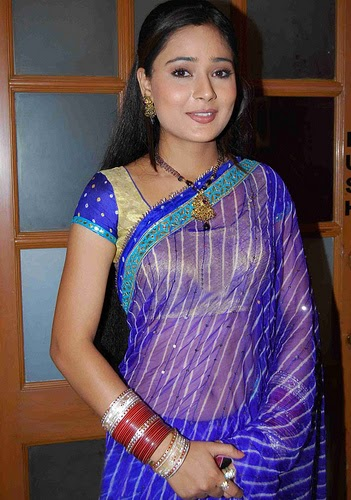 Sexy Actress Gallery: SARA KHAN (5)Sara Khan In Saree