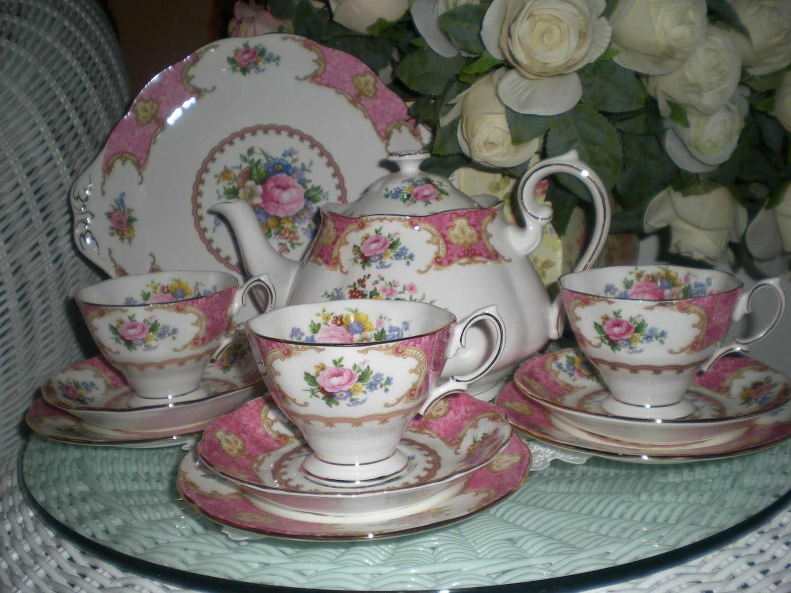 Lovely Treasures From English Garden Royal Albert Lady