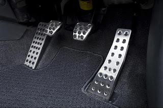 Honda Civic aluminium pedals.jpg