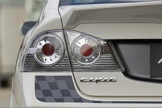 Honda Civic LED tail lights.jpg
