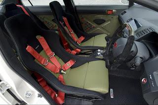 Honda Civic recaro seats.jpg