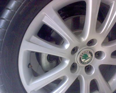 Skoda Laura wheels.jpg