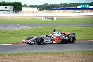 Mclaren Mercedes F1.jpg