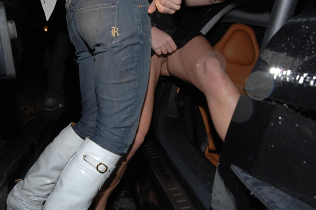 britney spears pants off