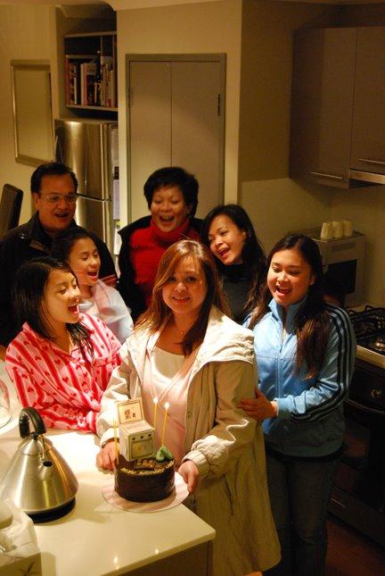 [Birthday+Pic+2.jpg]