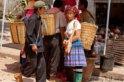 miao indigenous people at laomeng market