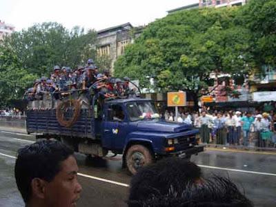Burmesisches Militär (von ko htike)