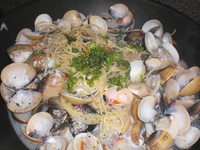 juicy chardonay vongole pasta recipe