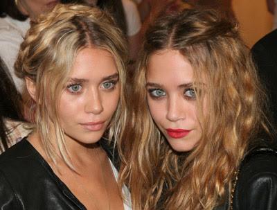 Lesbian chicks Megan Sage and Alyssa Cole