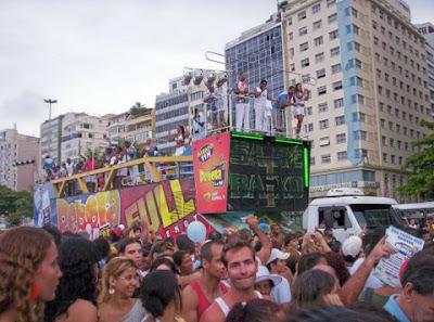Beija-Flor em Copacabana