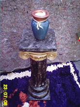 coluna com pintura em marmore
