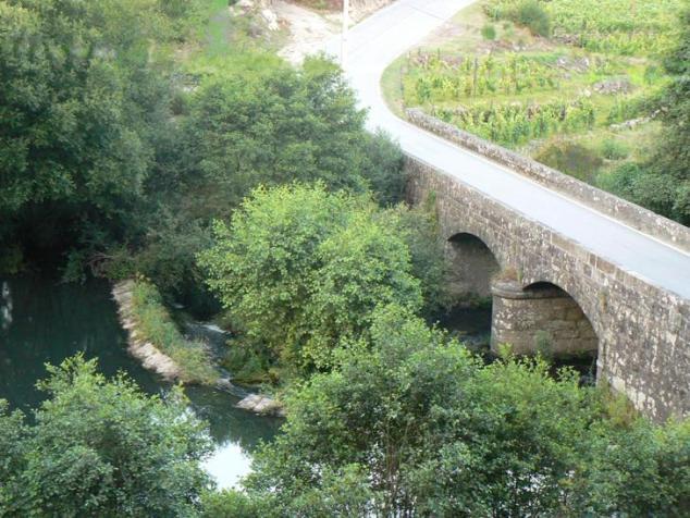 Ponte sobre o rio Dinha (Mouraz)