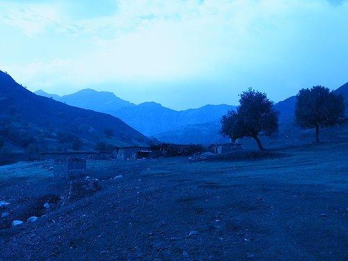 """O amanhecer na aldeia iraniana de """"Mouraz e Sofia"""" (Irão, montanhas Zagros, província  de Lorestan)"""