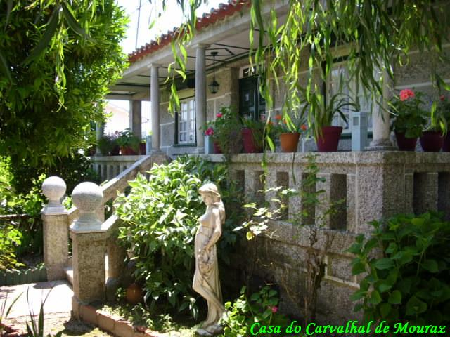 Casa do Carvalhal, mandada construir por António de Almeida Dias, na década de 50.