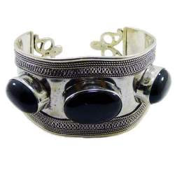 Sterling Silver Cuff Bracelet is set with Black Onyx Stone