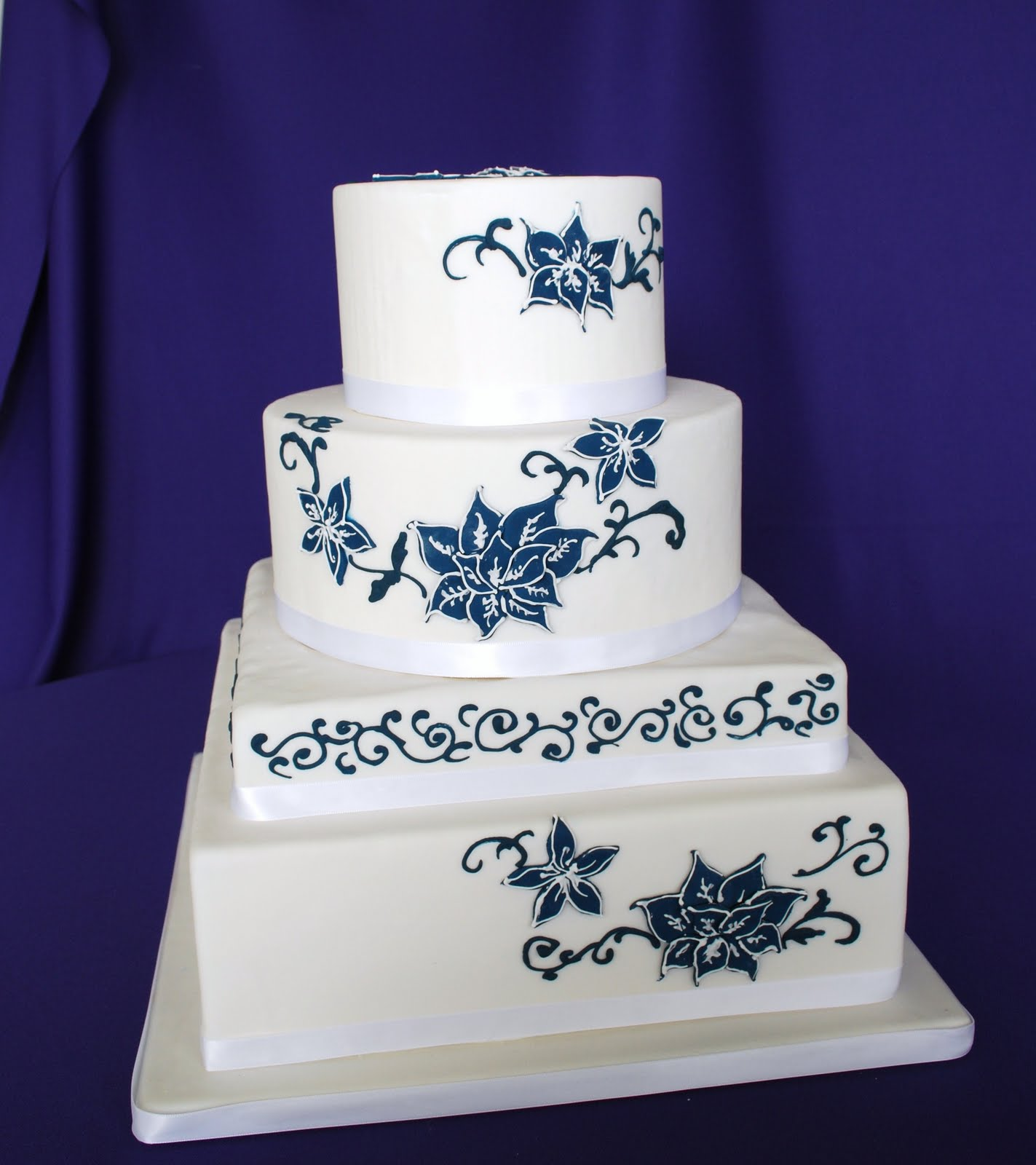 Wedding Cake Ideas Royal Blue: Bridal Style And Wedding Ideas: Royal Blue Wedding Cakes